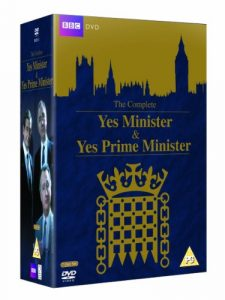 The Complete Yes Minister & Yes Prime Minister – Collector's Boxset [7 DVDs] [UK Import]