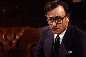 >Yes Minister 04″> </div> </div> <div class=